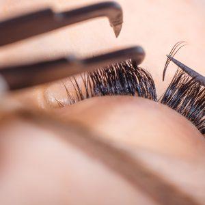 Eyelash Extension Course: Semi-Permanant